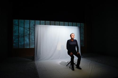 «L'AVENIR DURE LONGTEMPS» : L'ART D'ÊTRE UN «FOU»