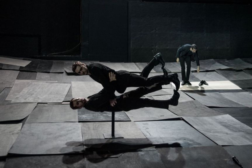 AVEC « THE GREAT TAMER », PAPAIOANNOU POURSUIT SON OEUVRE DE MAGICIEN