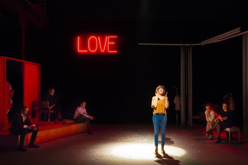 LOVE & MONEY : BOUSCULES ? LE MOT ESTFAIBLE…