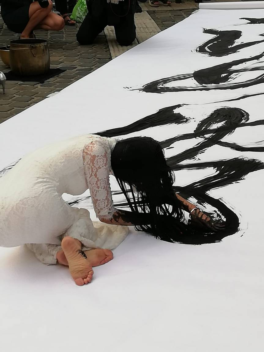 KAIXUAN FENG, L'ART DE CREER AVEC L'ÂME ENTRE DEUXMONDES