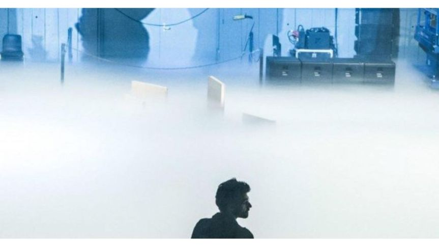 « GIRL FROM THE FOG MACHINE FACTORY » : LA METAPHORIQUE FABRIQUE DU BROUILLARD